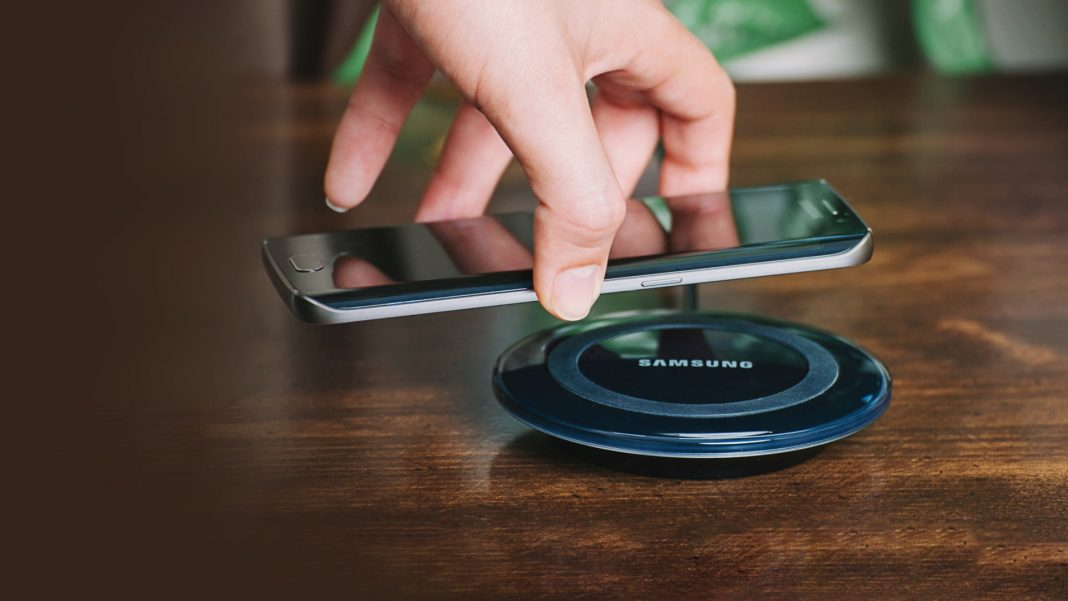 Samsung To Launch Affordable Wireless Charger For Mid-Range Smartphones
